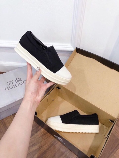 Giày Sục Lười Nữ Quai Chéo Chất Vải Xuất Dư, Mũi Da chống thấm nước