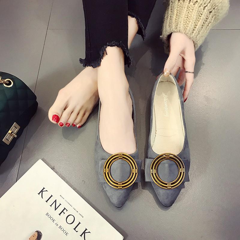 【จัดส่งฟรี】วรองเท้าแบนหญิงชี้รองเท้าแบนที่มีความสะดวกสบายสีดำ Peas รองเท้าผู้หญิง
