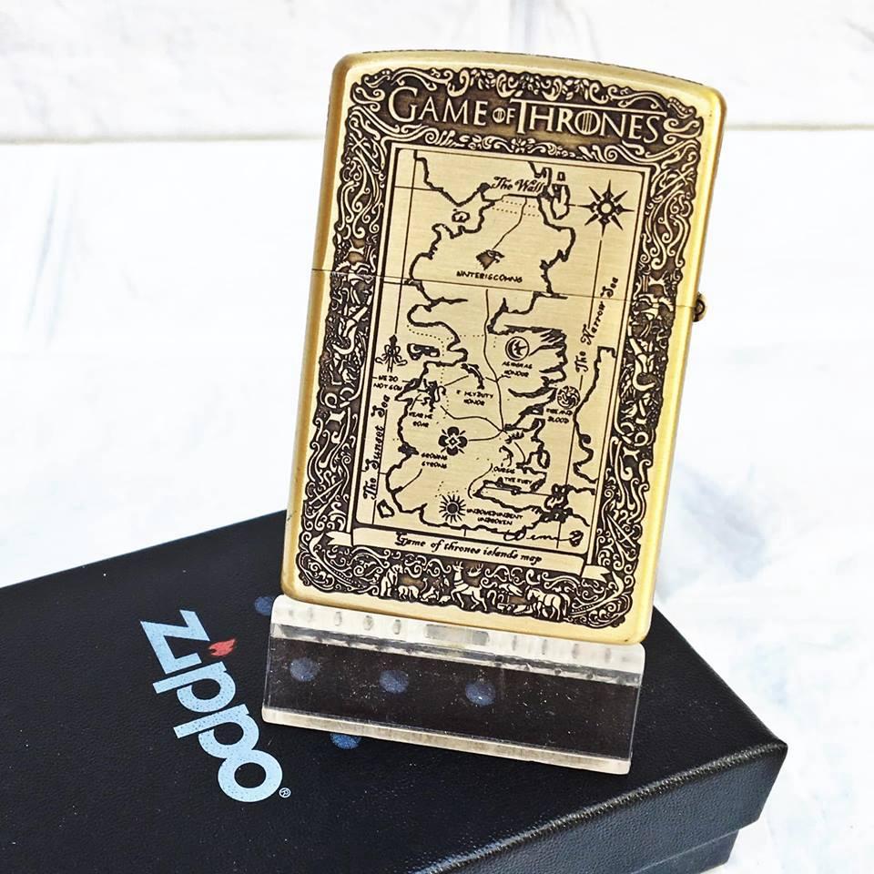 Bật Lửa Zippo USA Mạ Đồng Khắc 5 Mặt Game Of Thrones Đời 18 ( có tem đỏ ) Họa Tiết Bản Đồ