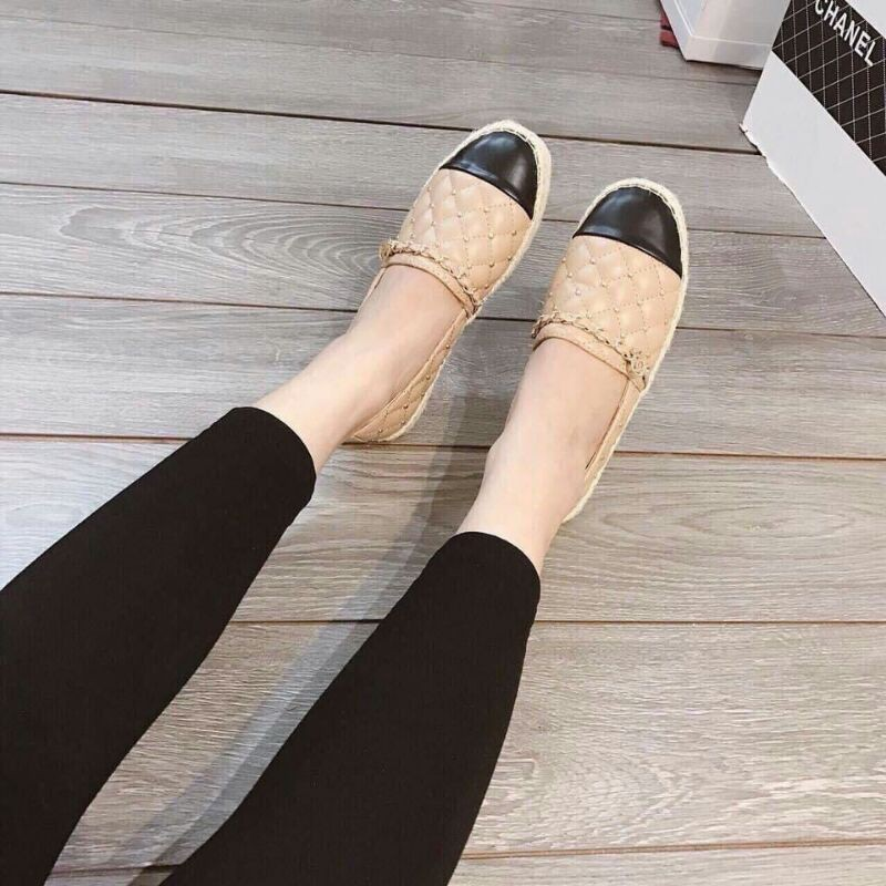 giày slip on tán đinh trần chỉ cn