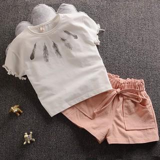 Bộ đồ bé gái đi chơi họa tiết lông vũ CT044 – Màu: Trắng