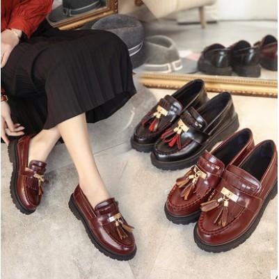 Giày bánh mì nữ chất da bóng kiểu độn đế tăng chiều cao cho những cô nàng nấm lùn - 3556234 , 1065107242 , 322_1065107242 , 185000 , Giay-banh-mi-nu-chat-da-bong-kieu-don-de-tang-chieu-cao-cho-nhung-co-nang-nam-lun-322_1065107242 , shopee.vn , Giày bánh mì nữ chất da bóng kiểu độn đế tăng chiều cao cho những cô nàng nấm