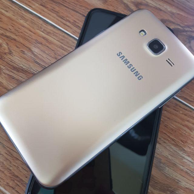 Điện thoại samsung galaxy j5 (500) mới tinh
