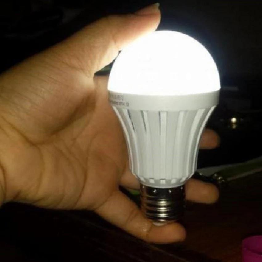 Bóng đèn tích điện thông minh Smartcharge led 9W - 9931672 , 639839777 , 322_639839777 , 39000 , Bong-den-tich-dien-thong-minh-Smartcharge-led-9W-322_639839777 , shopee.vn , Bóng đèn tích điện thông minh Smartcharge led 9W