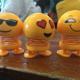 Com bo 3 emoji nhún