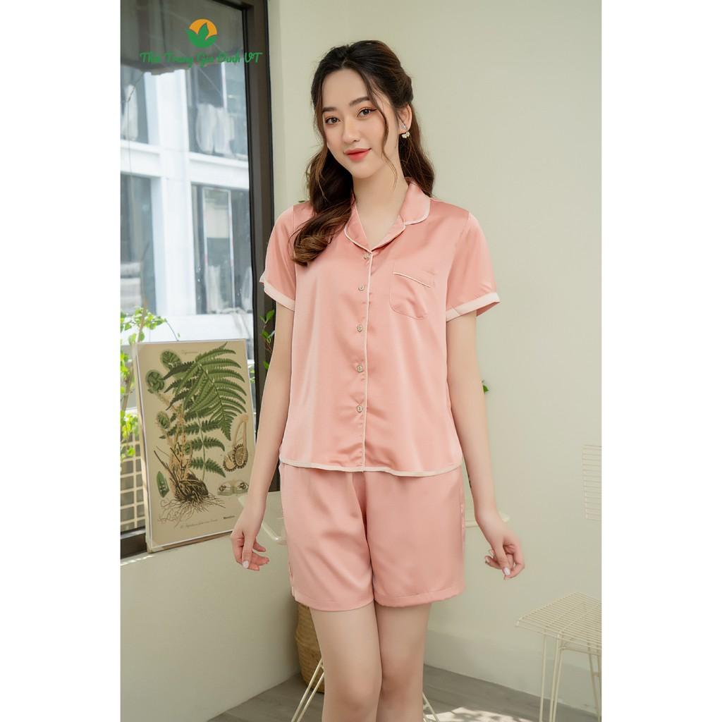 Mặc gì đẹp: Mát mẻ với Bộ pijama lụa mặc nhà VT quần đùi áo cộc tay B23.2102 - Chất mềm, mát, thoải mái