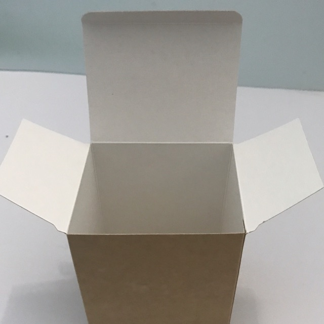 Hộp giấy trắng