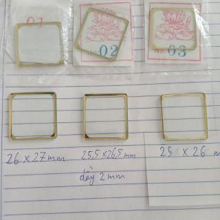 Mặt kính đồng hồ Seiko 5 mặt vuông vỏ chém cạnh đời cũ