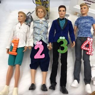 Búp bê Ken chính hãng, full đồ như hình.