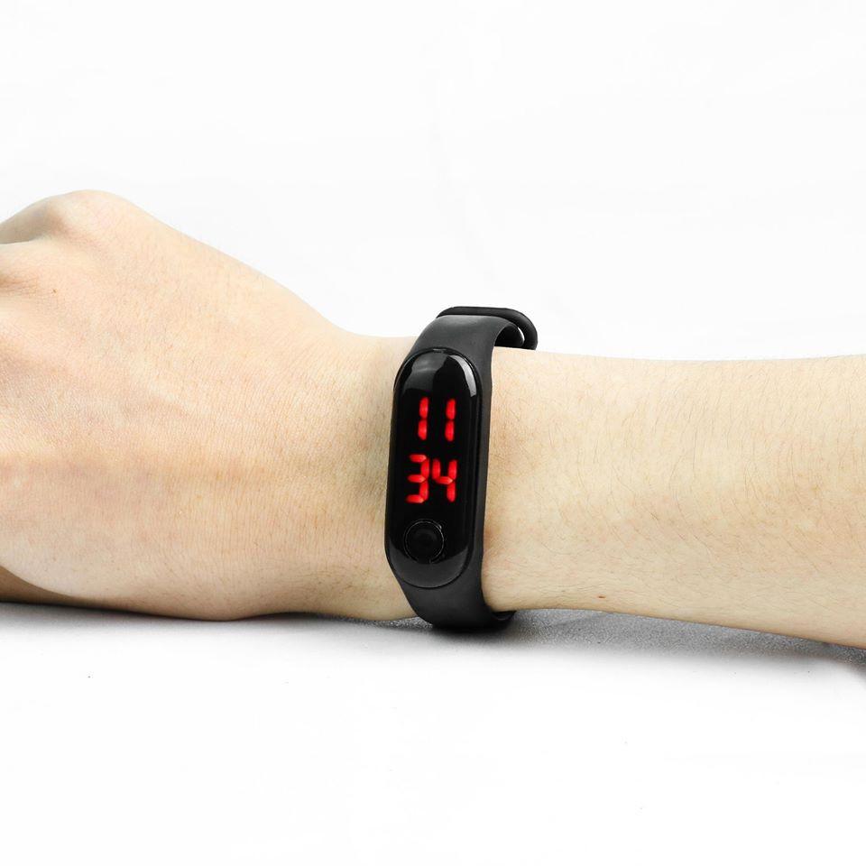 Đồng hồ đeo tay màn led dây silicon thể thao trẻ trung, năng động dành cho nam nữ
