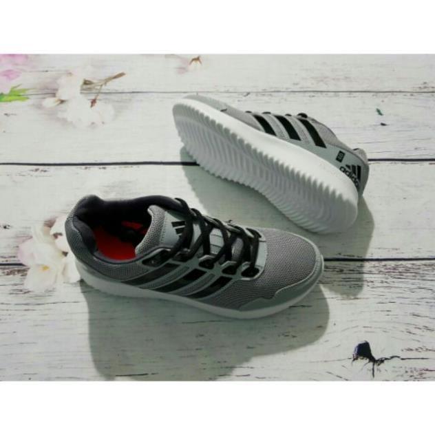 Giày thể thao đủ size nam nữ (SP27)