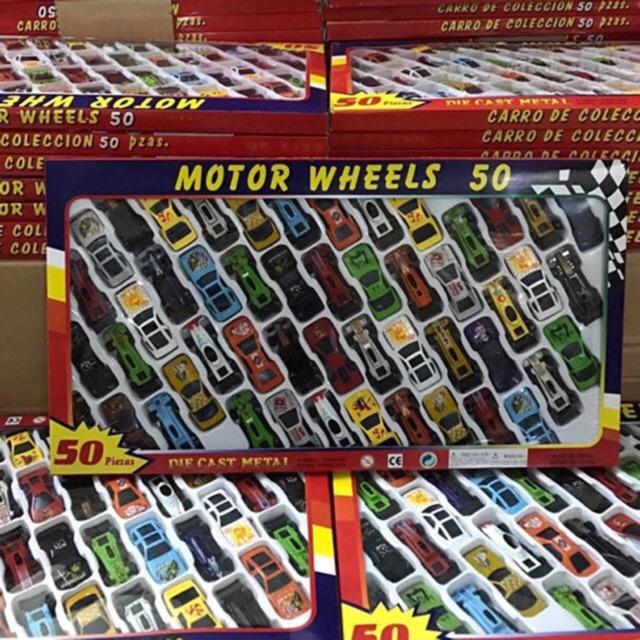 Bộ đồ chơi 50 xe đua ôtô mô hình