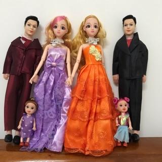 [ĐẦM NHIỀU MÀU] Búp bê gia đình gồm 3 búp bê cô dâu, búp bê chú rễ và búp bê nhí (đồ chơi búp bê)