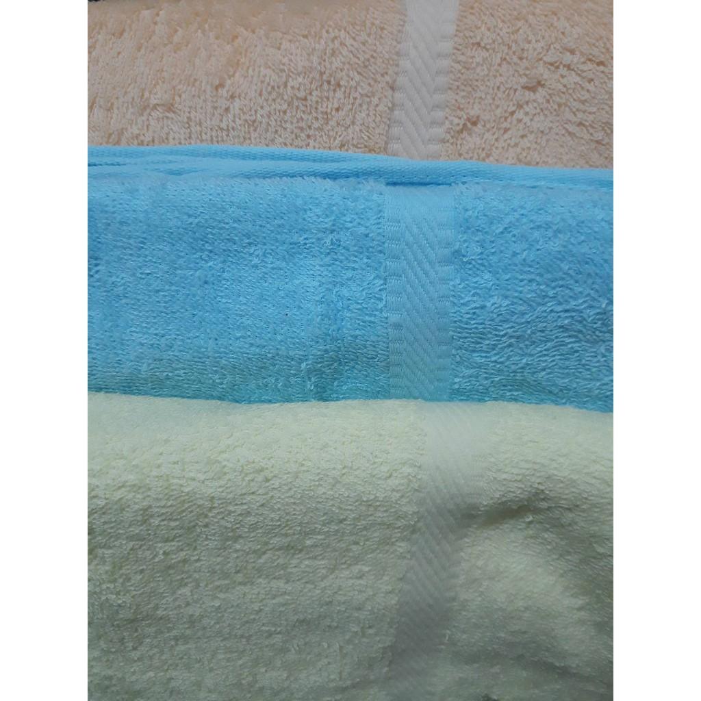 Khăn bông dùng để quấn hoặc tắm cho bé 120 x 60 cm