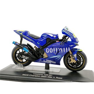 Italeri 1:22 YAMAHA YZR M1 WC2004 #46 V.Rossi Diecast Model Motorcycle