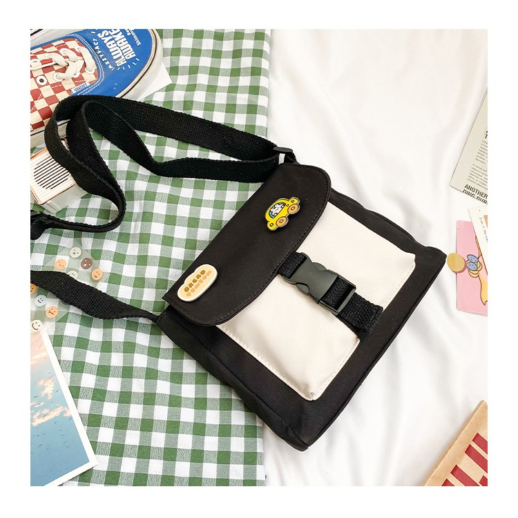 Túi Đeo Chéo Vải Không Thấm Nước Kèm Sticker S963