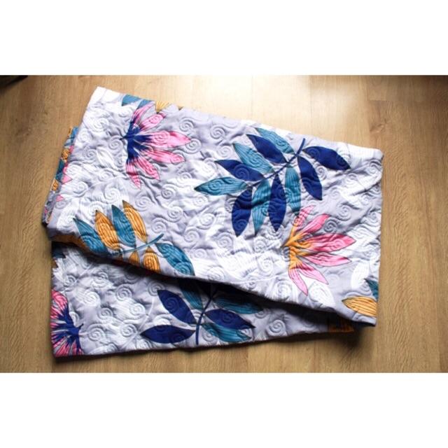 [122 KG] Chăn hè trần bông chất poly cotton siêu mát thấm hút tốt màu xanh hoa trắng