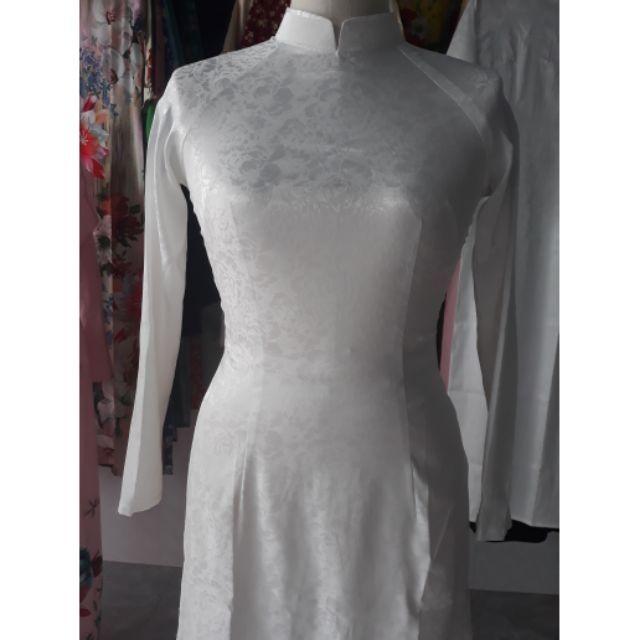 Bộ áo dài trắng