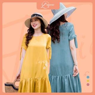 Váy bầu công sở Delia Dress lụa nhung mát mẻ, thêu hoa tinh tế thiết kế bởi LAMME thumbnail