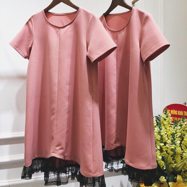 Đầm hồng chân ren