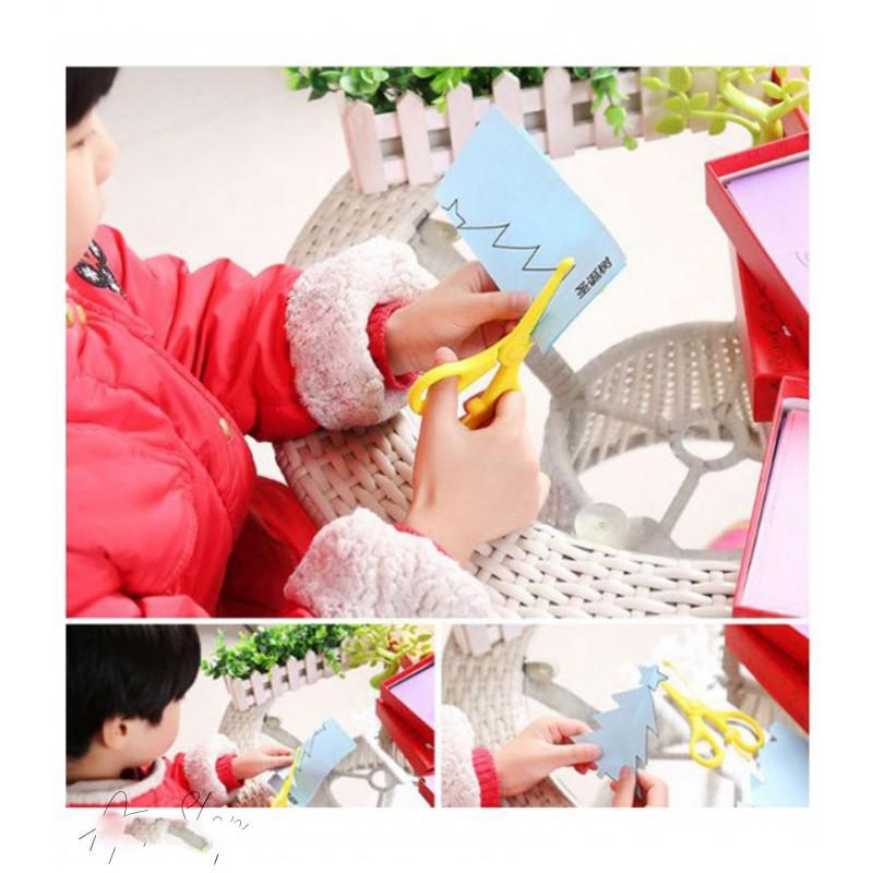 Bán Combo 2 bộ đồ chơi cắt giấy tạo hình đa dạng 240 tờ tặng kéo hàng Thái Lan