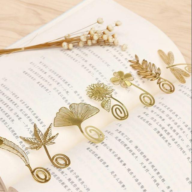 8 mẫu bookmark kim loại (hàng có sẵn)
