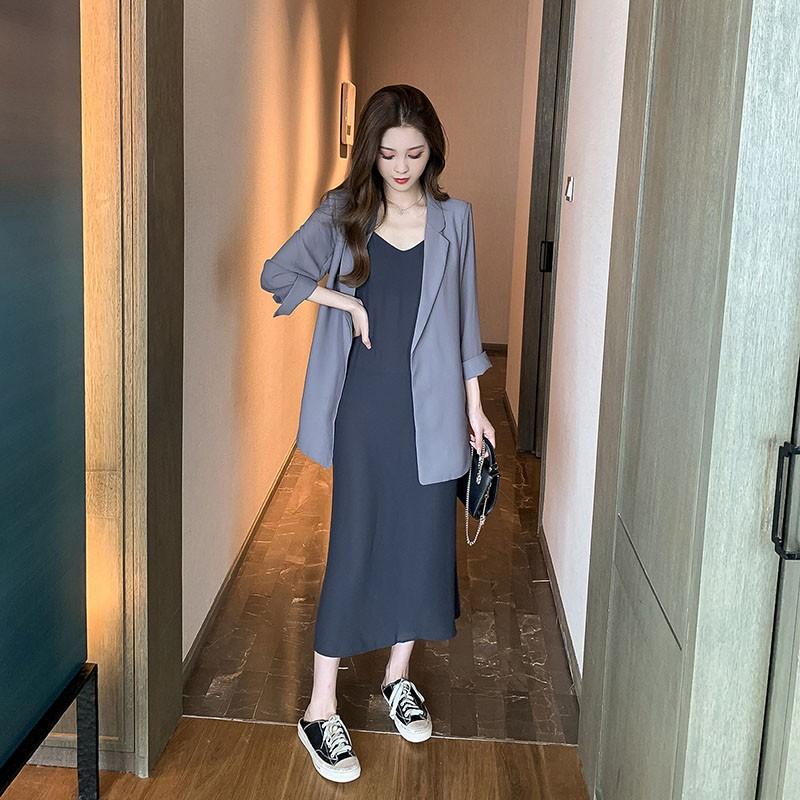 (ORDER) Set Áo Blazer mỏng nhẹ mùa hè thu+ Váy hai dây suông dài xẻ tà sang chảnh style Hàn Quốc (NEW ARRIVALS)