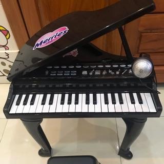 Đàn piano kèm mic Khuyến mãi Merries