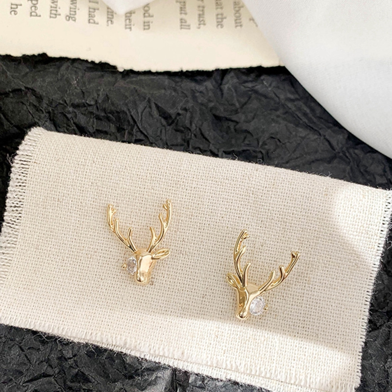 Khuyên tai kim loại mạ bạc hình tuần lộc đính kim cương kiểu Hàn Quốc C135