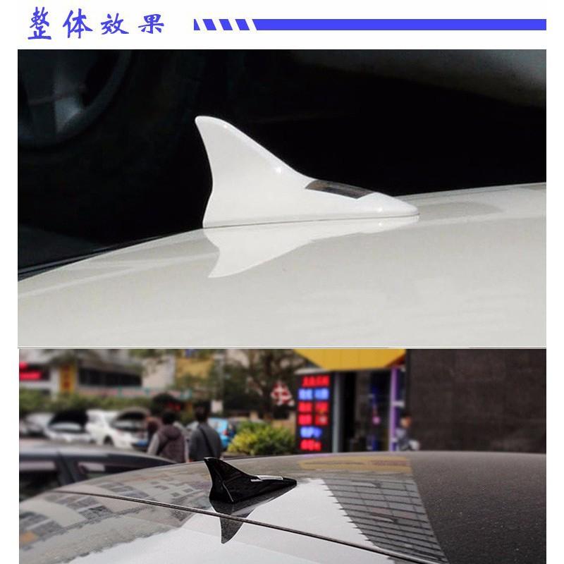 đuôi cá ô tô có đèn led