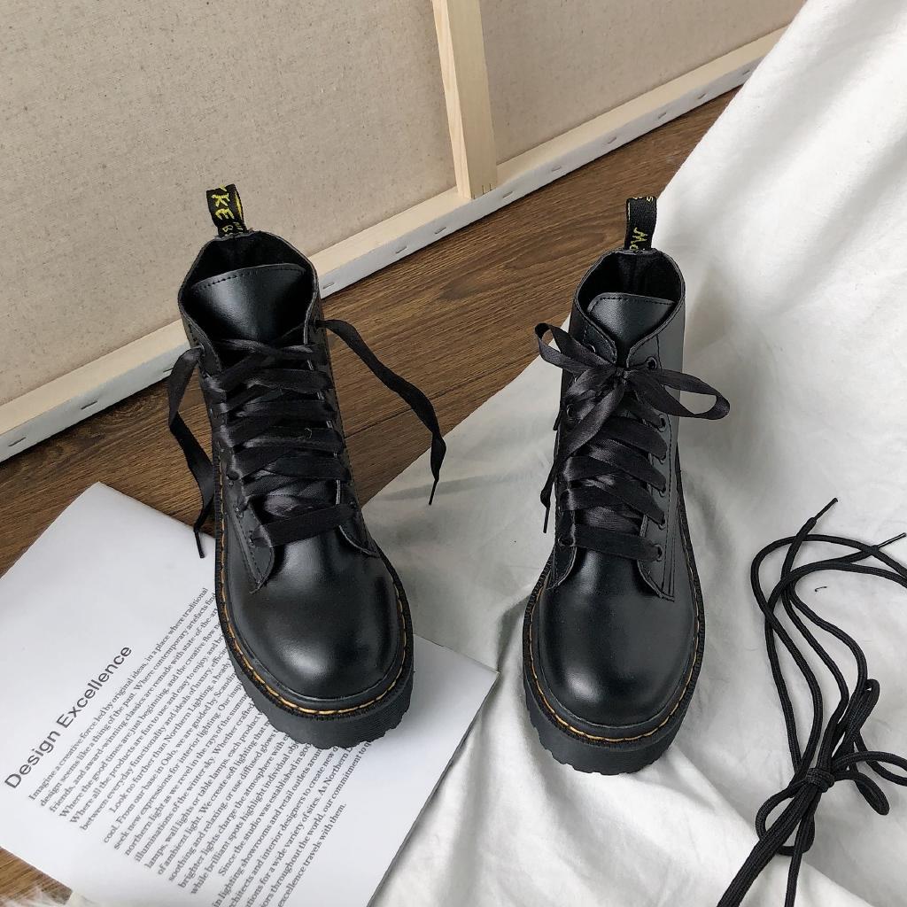 【Free 2 pairs shoelaces】Giày boots cổ cao trơn màu phong cách Anh Quốc trang nhã cho nữ