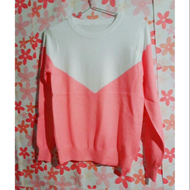 Áo len mỏng phối màu hồng trắng