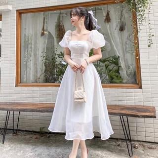 Váy trắng dự tiệc tiểu thư tay phồng cổ vuông, Váy công chúa trắng tay bồng có đệm ngực