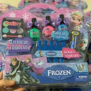 Bộ trang điểm phấn thật sơn móng tay Elsa Barbie (trang điểm và sơn móng tay được như thật)