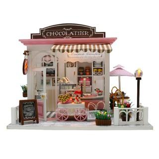 Mô hình nhà gỗ DIY – Tiệm bánh ngọt ( tặng kèm keo)