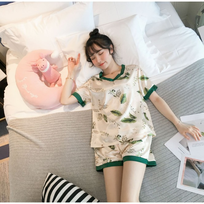 Đồ ngủ lụa satin ngắn BunBun Homewear