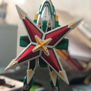 Máy bay thần phong hiệp hiệp sĩ trong tay có kiếm huricanger tenkuujin