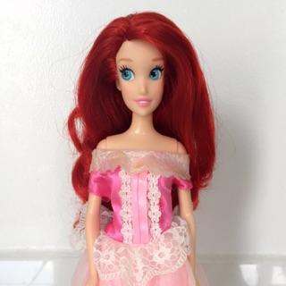 Búp bê barbie tiên cá khớp chân ẩn Disney