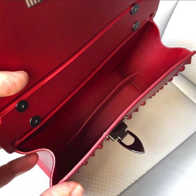 Túi nhựa silicon đính đinh VLTN mềm hàng QC
