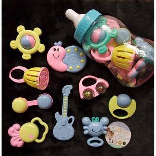 [Sale] Bộ đồ chơi xúc xắc hình bình sữa cho bé