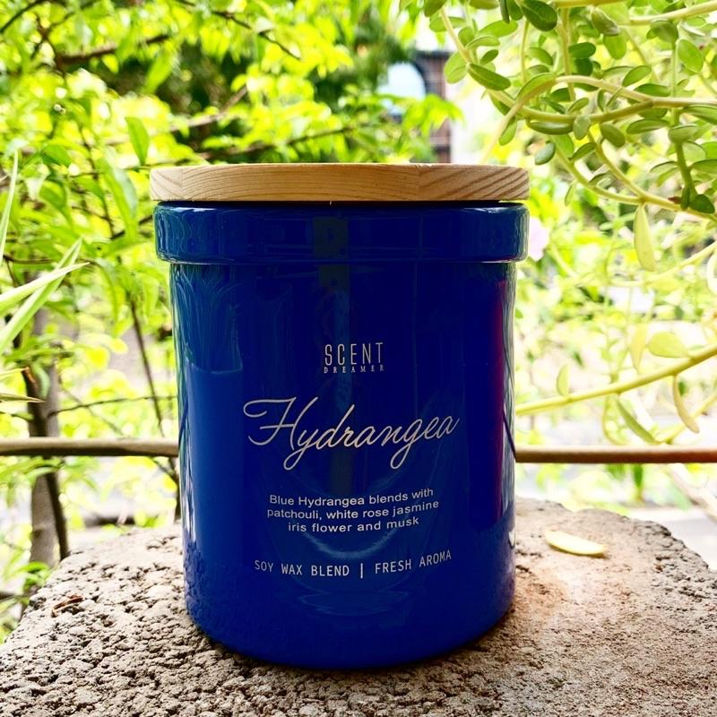 [CLEARANCE SALE] Nến thơm đạt chuẩn xuất Âu sáp đậu nành 12oz - Mùi Hydrangea