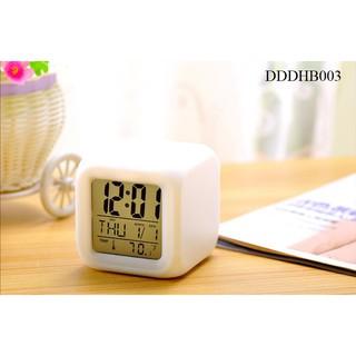 Yêu ThíchĐồng hồ để bàn - đồng hồ báo thức - đổi 7 màu hiển thị nhiệt độ, ngày tháng - có đèn led, có báo thức