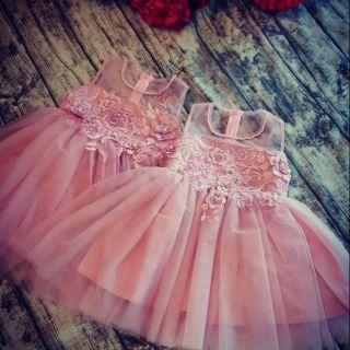 Váy thiết kế cho các công chúa diện đón trung thu nào các mẹ ơi. Hàng thiết kế chuẩn đường kim mũi chỉ nhé....