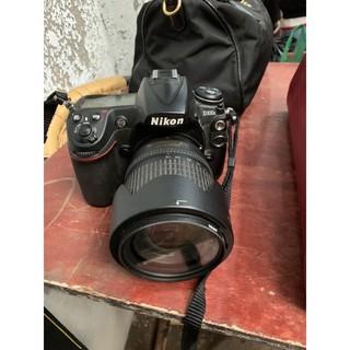 NIKON D300S và ống kính 18-105