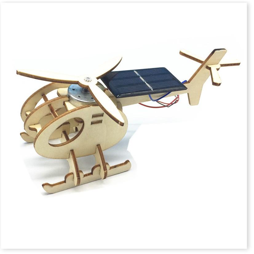Bố ghép hình máy bay trực thăng cho trẻ em
