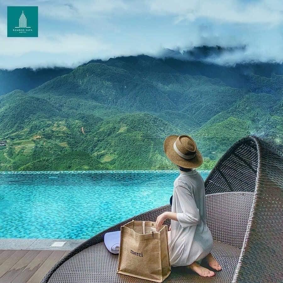 Túi cói Merci đi du lịch loại 1 túi to,lót dày dặn, ko bán hàng loại 2 nhe, có bọc nâu bên ngoài (tuyển sỉ)