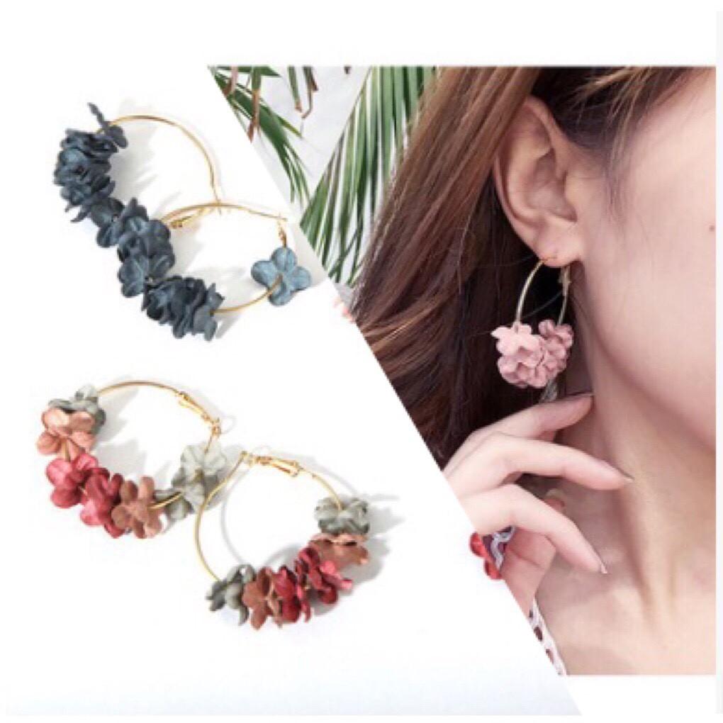 Khuyên tai nữ kết hoa
