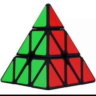 HN Rubik kim tự tháp Giá Shock