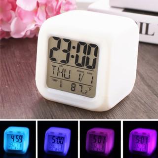 Đồng hồ mini đổi màu hiển thị nhiệt độ, ngày tháng