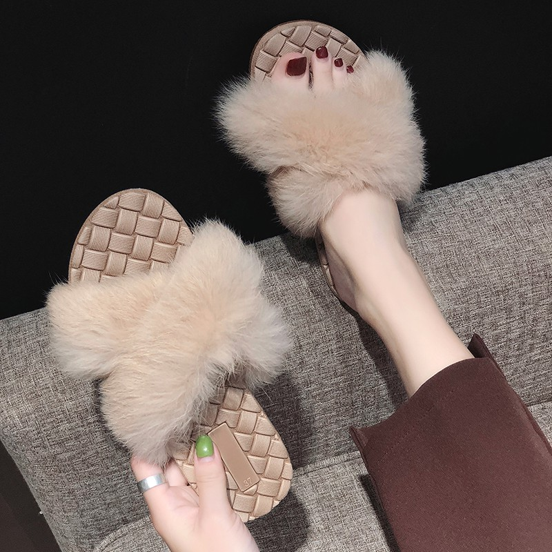 New sandals and slippers 2018 summer women flat bottom wild fashion wear student